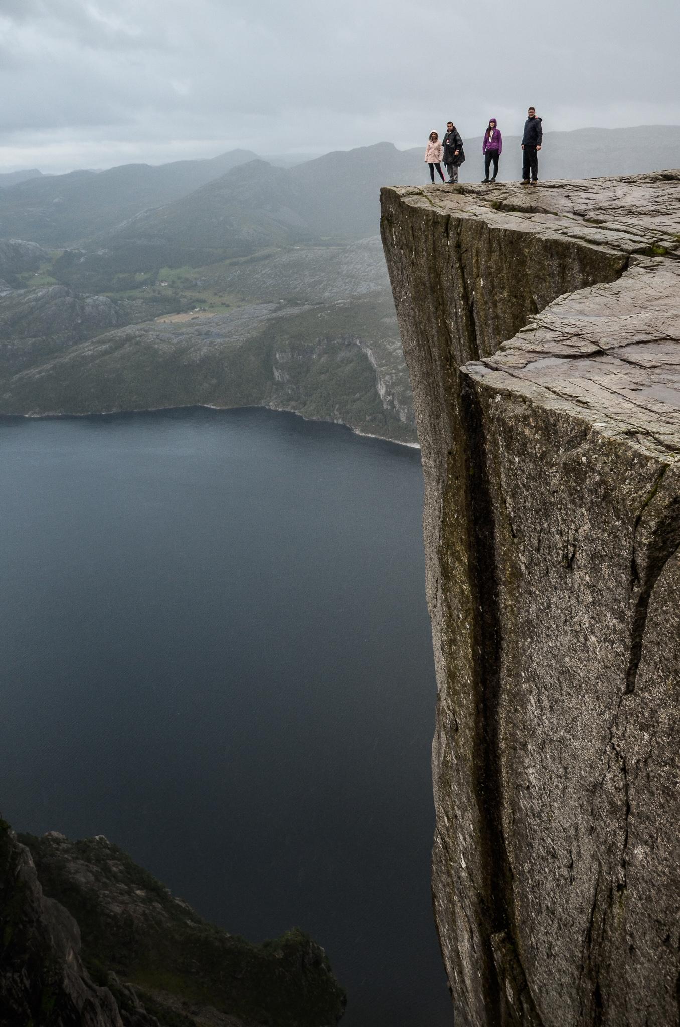 Trekking na Preikestolen – lekcja znad Lysefjorden